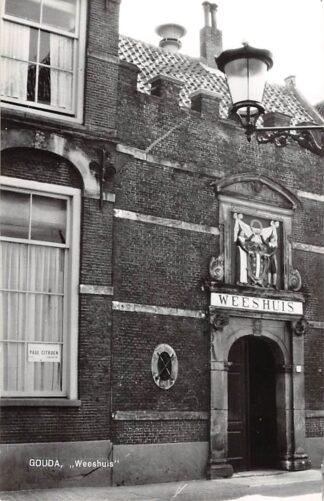 Ansichtkaart Gouda Spieringstraat Weeshuis 1963 HC14692