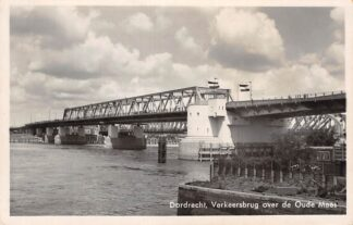 Ansichtkaart Dordrecht Verkeersbrug over de Oude Maas Zwijndrecht 1943 HC14800