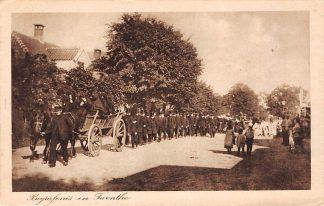 Ansichtkaart Almelo Begrafenis in Twente 1917 Paard en wagen op weg naar de begraafplaats HC14961