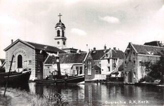 Ansichtkaart Rotterdam Overschie R.K. Kerk Sleepboot Binnenvaart schepen HC15146