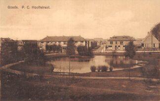 Ansichtkaart Gouda P.C. Hooftstraat vanaf Schielands Hoge Zeedijk HC15264