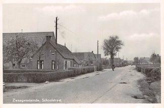 Ansichtkaart Zwaagwesteinde Schoolstraat Dantumadeel HC15291