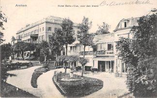Ansichtkaart Arnhem Hotel Belle-Vue voor den brand HC15556