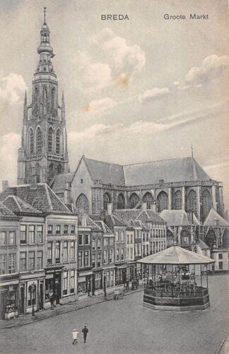 Ansichtkaart Breda Groote Markt met muziektent HC15681