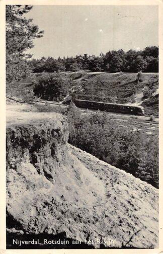 Ansichtkaart Nijverdal Rotsduin aan het Ravijn met trein Spoorwegen 1961 HC15983