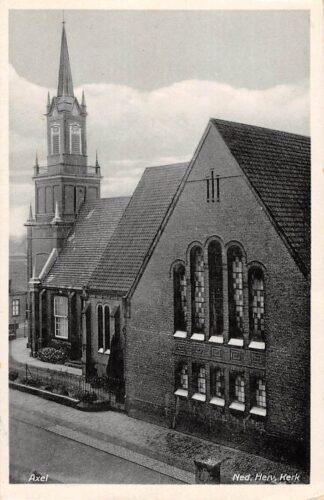Ansichtkaart Axel Ned. Hervormde Kerk Zeeuws Vlaanderen 1947 HC16139