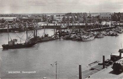 Ansichtkaart Breskens Havengezicht Schepen 1966 HC16162