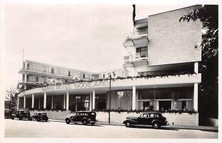 Ansichtkaart Hilversum Grand Hotel Gooiland met auto's 1946 HC16747
