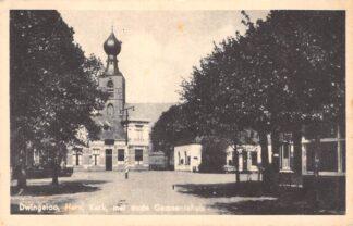 Ansichtkaart Dwingeloo Hervormde Kerk met oude Gemeentehuis 1959 HC16798