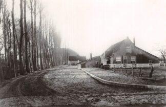 Ansichtkaart Zo was Dordrecht Mariastraat hoek Dubbeldamseweg omstreeks 1900 HC17003