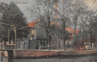 Ansichtkaart Gouda Gouwe hoek Nonnenwater met brug en volledig verdwenen bebouwing HC17069