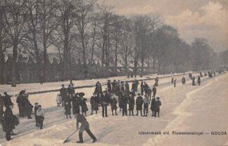 Ansichtkaart Gouda Fluweelensingel IJsvermaak 1907 Winter Schaatsen Gompers HC17070