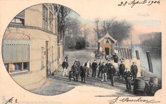 Ansichtkaart Gouda Hollandsche IJssel Nieuwe Veerstal Aanlegplaats Reederij De IJssel Haastrechtse brug Stolwijkersluis Hanepraai 1904 HC17138