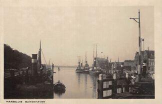 Ansichtkaart Maassluis Buitenhaven met Sleepboten Binnenvaart schepen Scheepvaart Fotokaart HC17243