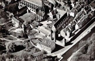 Ansichtkaart Maastricht Helpoort met Pesthuis Pater Vinktoren 1961 KLM Luchtfoto no. 33773 HC17313