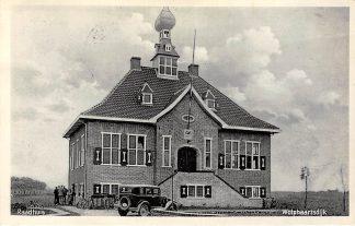 Ansichtkaart Wolphaartsdijk Raadhuis met auto HC17463
