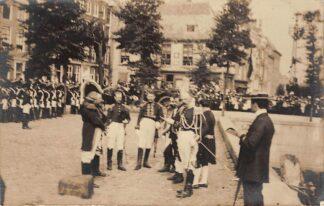 Ansichtkaart Vlissingen Fotokaart Ontvangst Z.K.H. Prins Hendrik 23 maart 1907 t.g.v. de eerste steenlegging van de Ruyterschool Zeevaartschool Marine Koningshuis HC17652