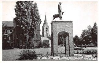 Ansichtkaart Winterswijk Monument Tante Riek 1964 HC17734