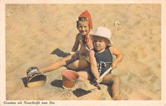Ansichtkaart Noordwijk aan Zee Groeten uit 1948 Kinderen op het strand HC17757