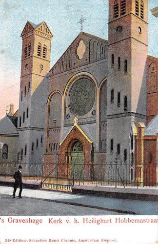 Ansichtkaart 's-Gravenhage Kerk v.h. Heilighart Hobbemastraat HC17894