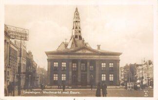 Ansichtkaart Groningen Vischmarkt met Beurs 1930 Type fotokaart HC17955