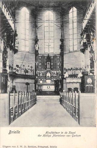 Ansichtkaart Brielle Hoofdaltaar in de Kapel der Heilige Martelaren van Gorcum HC18039