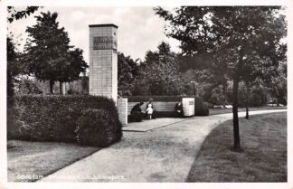 Ansichtkaart Schiedam Emmabank i.h. Julianapark 1940 Monument HC18319