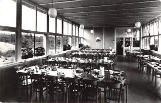 Ansichtkaart Oosterhout (NB) Schiedams Schoolbuitenhuis Eet- en conversatiezaal HC18428