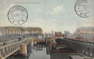 Ansichtkaart Geertruidenberg Voet- en Spoorbrug Molen Spoorwegen 1911 HC18469