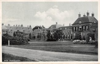 Ansichtkaart Zeist Broederplein 1937 HC18542