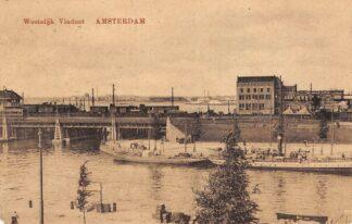 Ansichtkaart Amsterdam Westelijk viaduct met emplacement treinen Binnenvaart schepen Scheepvaart HC18576