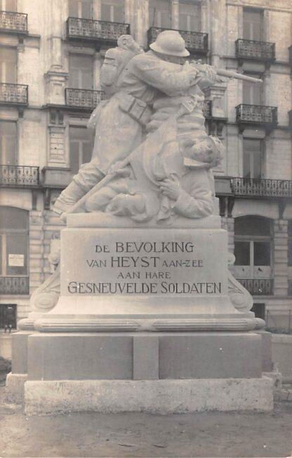 Ansichtkaart België Heyst aan Zee Fotokaart Monument De bevolking van Heyst aan Zee aan hare gesneuvelde soldaten WO1 1914-1918 De Groote Oorlog Militair Europa HC19059