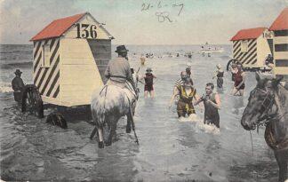 Ansichtkaart Zandvoort Badkoetsen met paarden in de zee 1909 HC19545