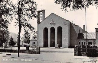 Ansichtkaart De Bilt Berklaan St. Michael Kerk 1967 HC19754