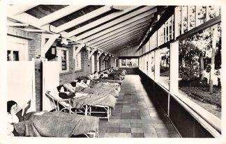 Ansichtkaart Bilthoven Sanatorium Berg en Bosch Stoelen-lighal Maria Paviljoen 1957 HC19808
