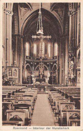 Ansichtkaart Roermond Interieur der Munster kerk 1936 HC19811