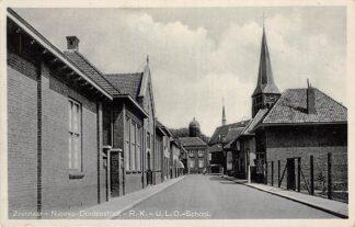 Ansichtkaart Zevenaar Nieuwe Doelenstraat R.K. - U.L.O. - School 1944 HC20008