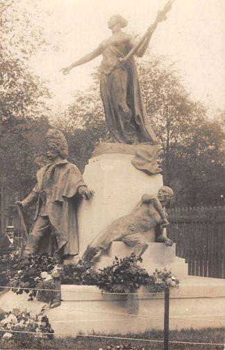 Ansichtkaart België Onbekend Fotokaart Monument slachtoffers Eerste Wereldoorlog 1914-1918 WO1 Europa HC20045