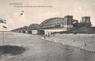 Ansichtkaart Dordrecht De Spoorbrug bij Moerdijk met stoomtrein Spoorwegen Treinen 1910 HC20051