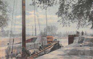 Ansichtkaart Gouda Mallegatsluis Hollandsche IJssel Binnenvaart schepen Scheepvaart Sluis 1919 HC20085