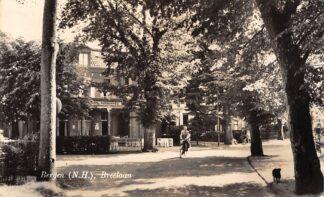 Ansichtkaart Bergen (NH) Breelaan Pension Russenberg 1954 HC20138