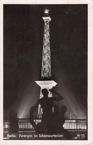 Ansichtkaart Duitsland Berlin Funkturm im Scheinwerferlicht Deutschland Europa HC20222