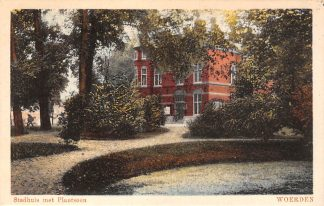 Ansichtkaart Woerden Stadhuis met Plantsoen 1928 HC20493