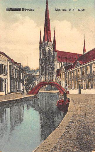 Ansichtkaart Woerden Rijn met R.C. Kerk 1928 HC20503