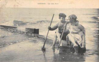 Ansichtkaart België Oostende Les deux Amis Kinderen op het strand 1911 Europa HC20617