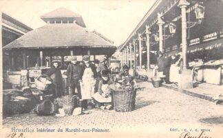 Ansichtkaart België Brussel Bruxelles Interieur du Marche aux Poissons Volksleven Straatleven 1903 Europa HC20637
