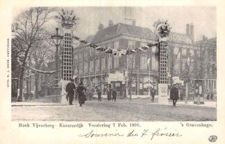 Ansichtkaart 's-Gravenhage Hoek Vijverberg Kneuterdijk Versiering 7 Feb. 1901 HC20688