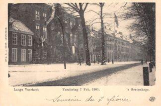 Ansichtkaart 's-Gravenhage Lange Voorhout in de sneeuw Versiering 7 Febr. 1901 HC20690