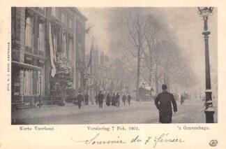 Ansichtkaart 's-Gravenhage Korte Voorhout in de sneeuw Versiering 7 Febr. 1901 HC20693