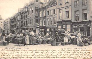 Ansichtkaart Maastricht Op de Markt Marktdag 1904 Straatleven Volksleven Nauta 2295 HC20871
